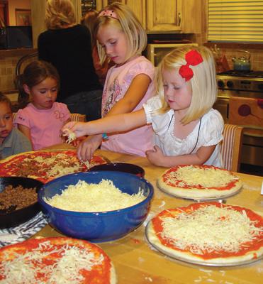 Kidsmakepizza_s